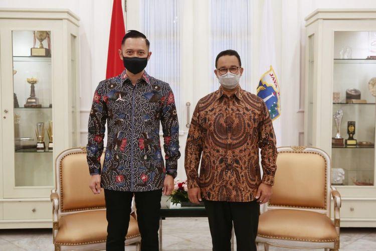 Ketua Umum Partai Demokrat Agus Harimurti Yudhyono (AHY) bertemu Gubernur DKI Jakarta Anies Baswedan di Balai Kota DKI Jakarta, Kamis (6/5/2021)..