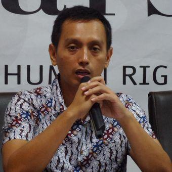 Direktur Imparsial Al Araf dalam diskusi di Kantor Imparsial, Tebet, Jakarta Selatan, Kamis (18/1/2018).