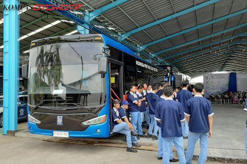 Perdana, Konsumen Terima Bus Listrik MAB [VIDEO]