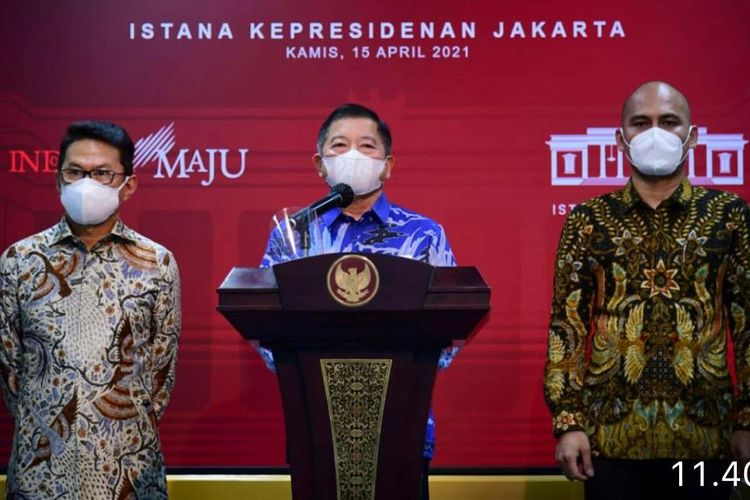 Presiden RI Joko Widodo mengundang Persatuan Insinyur Indonesia (PII) dan enam asosiasi profesi lain ke Istana Negara. Beberapa hal yang disampaikan terkait pembangunan Ibu Kota Negara (IKN) baru (15/4/2021).