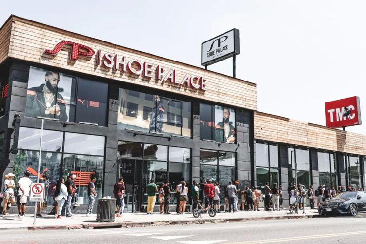 Toko sepatu Shoe Palace, di Los Angeles, Amerika Serikat