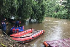 Hujan Deras, Pencarian Remaja Hanyut di Ciliwung Dilanjutkan Lewat Jalur Darat