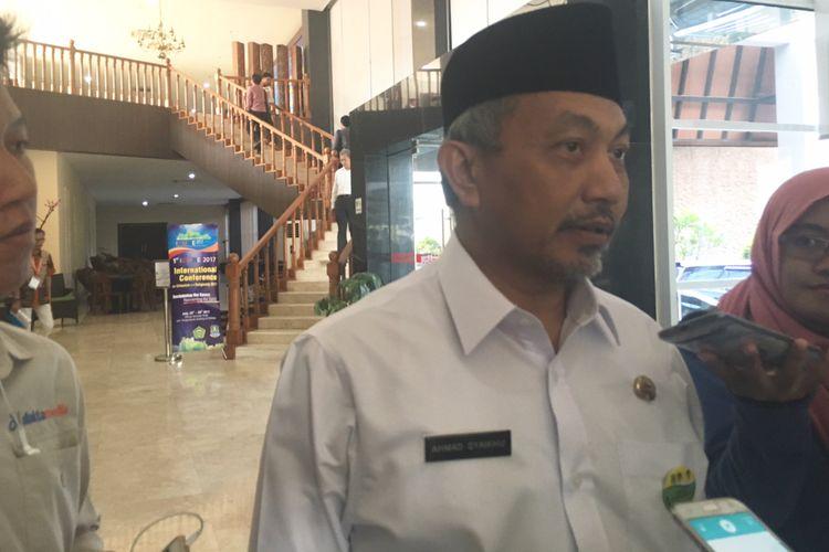 Wakil Wali Kota Bekasi Ahmad Syaikhu pastikan akan maju di Pilkada Jawa Barat 2018, Bekasi, Selasa (25/7/2017).