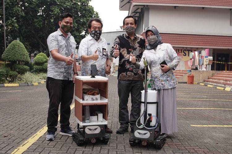 Prof. Dr. Ir. Widodo Budiharto, S.Si., M.Kom., IPM., beserta tim yang dikoordinasi dan didanai oleh Research & Technology Transfer Binus Universiry menciptakan Nayakalara
