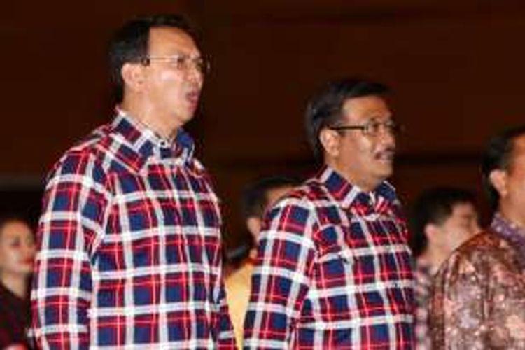 Calon gubernur-wakil gubernur DKI Jakarta, Basuki Tjahaja Purnama-Djarot Saiful Hidayat, menghadiri acara pengundian nomor urut, di JIExpo Kemayoran, Jakarta, Selasa (25/10/2016).