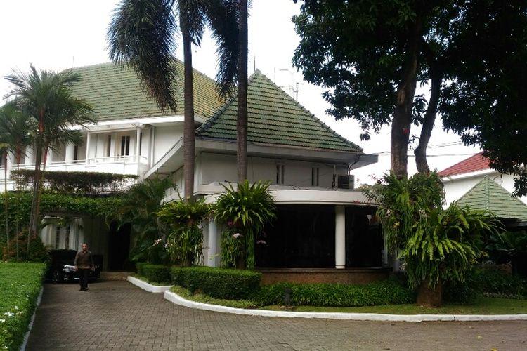 Rumah dinas Gubernur DKI Jakarta di Jalan Taman Suropati, Menteng, Jakarta Pusat, Rabu (22/11/2017).