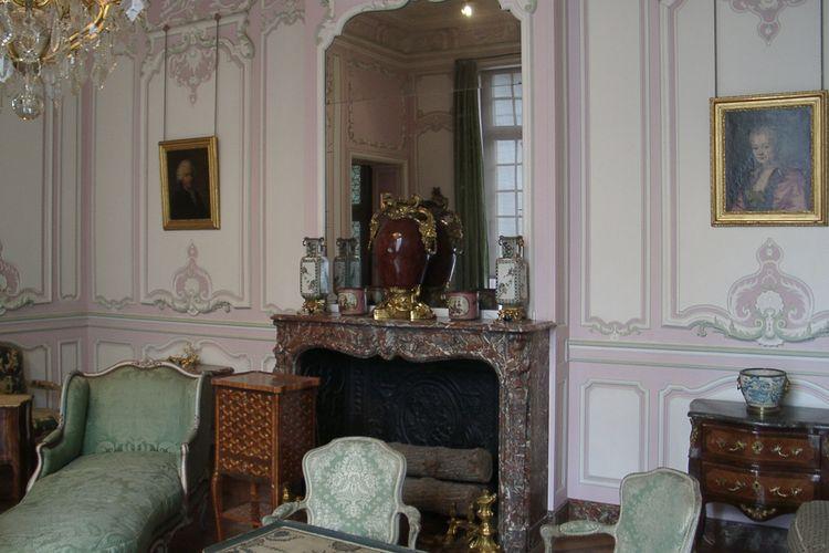 Koleksi Musée Carnavalet di Perancis
