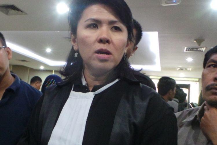 Anggota tim kuasa hukum Ahok, Fifi Leyti Indra