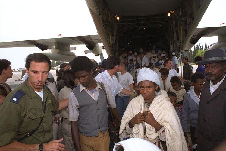 Operasi Solomon pada 24 Mei 1991 adalah penerbangan dengan penumpang terbanyak di dunia, dengan 1.088 orang dalam pesawat dari Ethiopia ke Israel, untuk menyelamatkan kaum Yahudi dari persekusi pemberontak Eritrea dan Tigray.