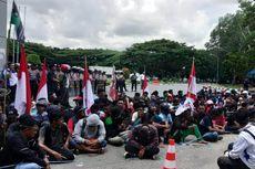 Tolak Tambang, Warga Konkep Duduki Kantor Gubernur Sultra, Dibubarkan dengan Gas Air Mata