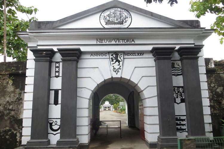 Pintu masuk Benteng Victoria di Ambon, Maluku.