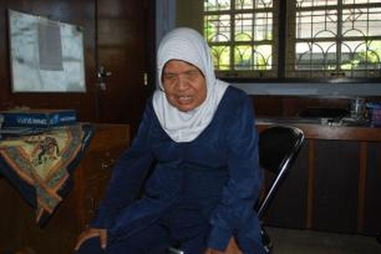 Murtini saat mengunjungi Kantor Kesbangpol Kendal, Kamis (9/10/2014).