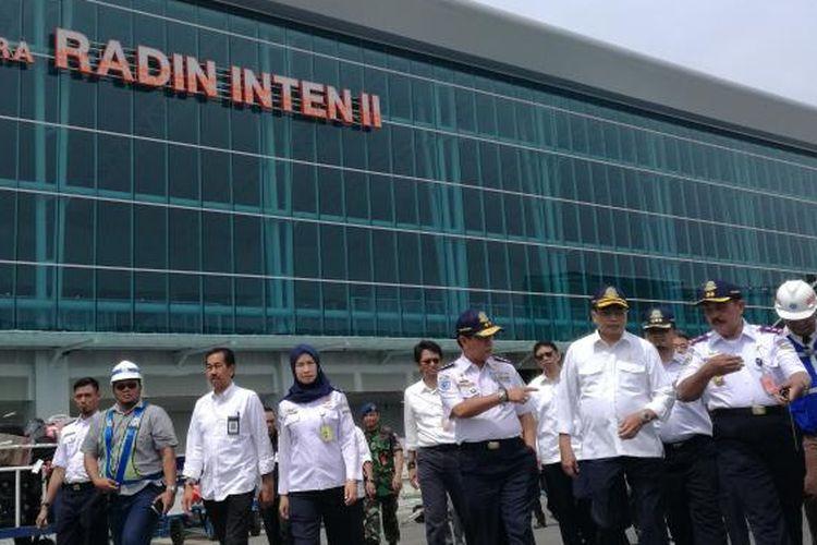 Menteri Perhubungan Budi Karya Sumadi di Bandara Raden Inten, Lampung, Minggu (20/11/2016)
