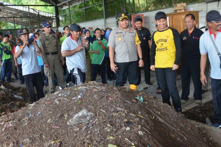 Plt Bupati Trenggalek Imbau ASN Bawa Wadah Minum untuk Kurangi Sampah Plastik
