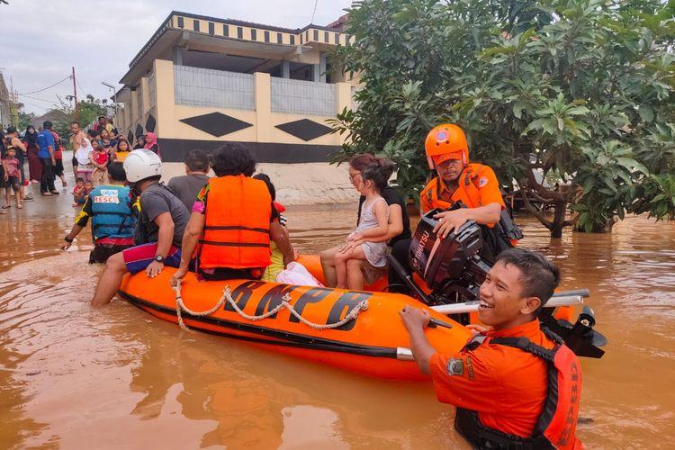 Banjir di Perumahan Bumi Nasio Indah, Jatiasih, Bekasi, Selasa (25/2/2020).