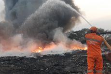 Kerugian akibat Kebakaran Pabrik Plastik di Kamal Ditaksir Capai Setengah Miliar