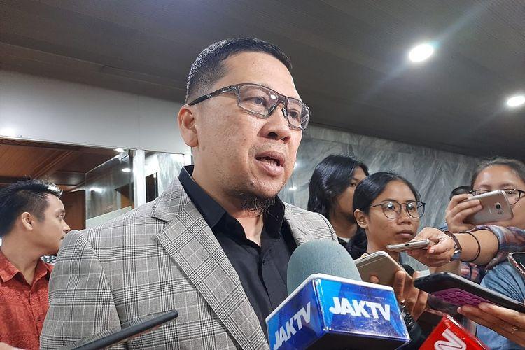 Ketua Komisi II DPR Ahmad Doli Kurnia seusai rapat di DPR, Senayan, Jakarta, Selasa (11/2/2020).