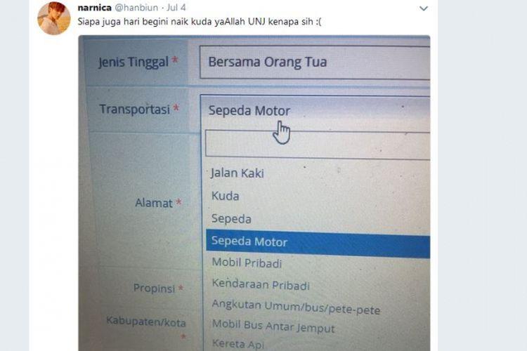 Sebuah foto yang menunjukkan laman berisi pilihan transportasi mahasiswa Universitas Negeri Jakarta (UNJ) viral di media sosial karena memuat kuda sebagai salah satu pilihan transportasi.