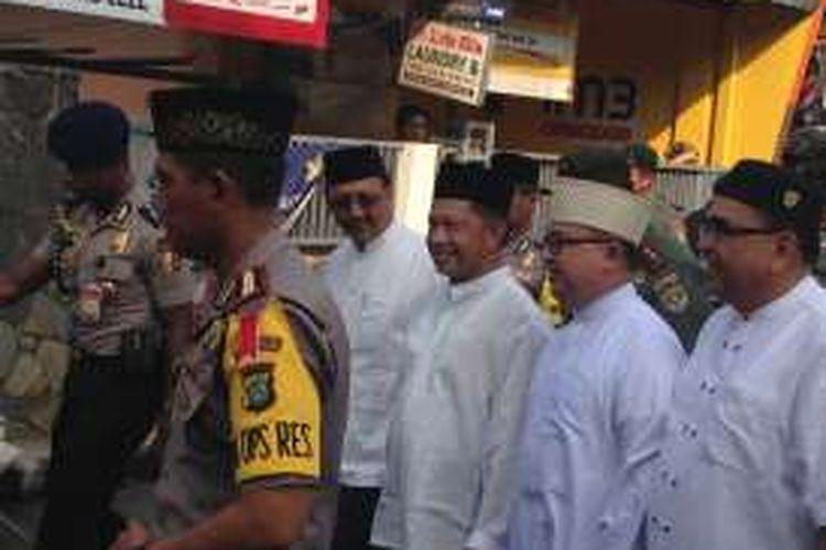 Kapolri Jenderal Pol Tito Karnavian menghadiri kegiatan tabligh akbar yang diselenggarakan majelis taklim Habib Ali bin Abdurrahman Alhabsy alias Habib Kwitang di Masjid Jami Al-Riyadh Minggu (20/11/2016) pagi.