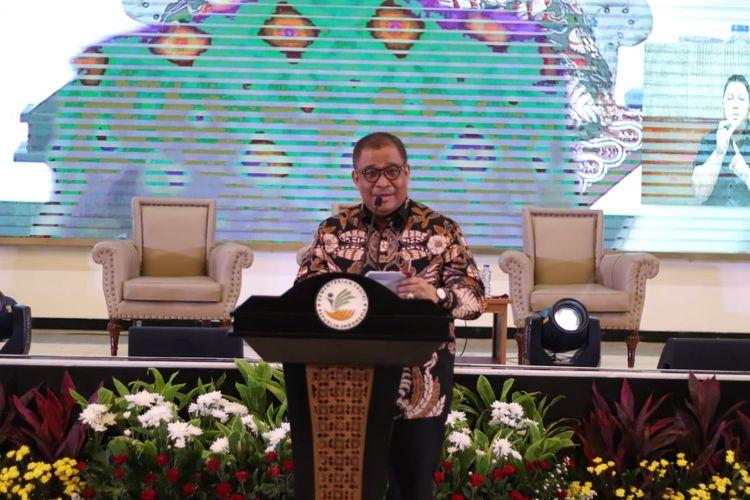 Sekjen Kemennsos, Hartono Laras saat sambutan Gala Dinner dan talkshow Kemensos sebagai awal peringatan HDI 2019 di Indonesia, di Gedung Aneka Bhakti, Kemensos RI, Jakarta, Kamis (28/11/2019).