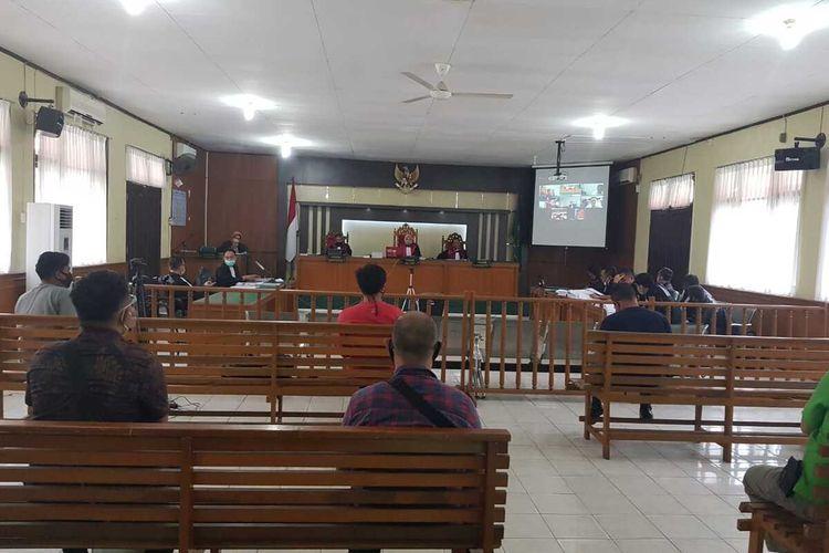 Sidang kasus korupsi dengan terdakwa Bupati Bengkalis non aktif Amril Mukminin di Pengadilan Tipikor Pekanbaru, Riau, Kamis (27/8/2020).