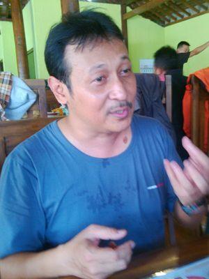 Pemilik RM Soto Iga Keprabon di Solo, Arys Buntara (48).