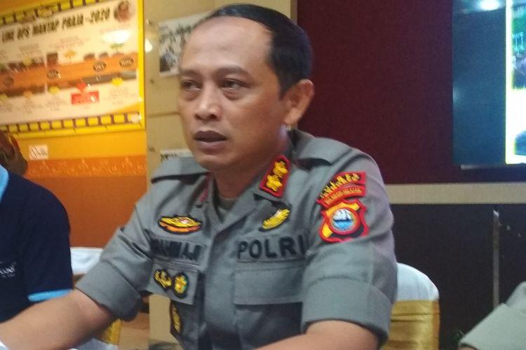 Kapolres Pangkep AKBP Ibrahim Aji saat merilis kasus rekayasa penculikan remaja SR (12) di Polda Sulsel, Senin (9/3/2020).