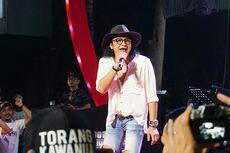 Cerita Andy /rif Naik Perahu Karet untuk Lewati Kerumunan Penonton
