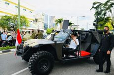 Naiki Rantis Paspampres, Jokowi Sapa Masyarakat di Tarakan
