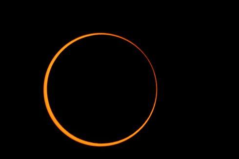 Siswa, Seperti Ini Proses Terjadinya Gerhana Matahari Cincin