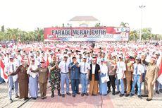 Jelang Pelantikan Presiden, Bendera Merah Putih 700 Meter Dikibarkan di Lamongan