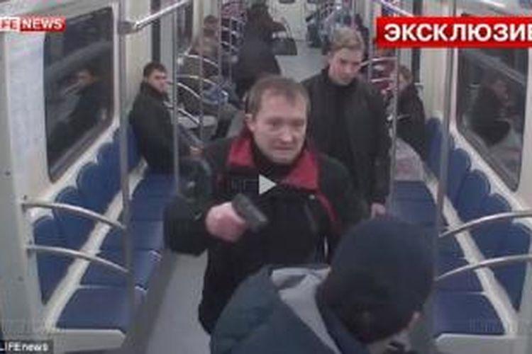 Adegan penembakan di metro Moskwa