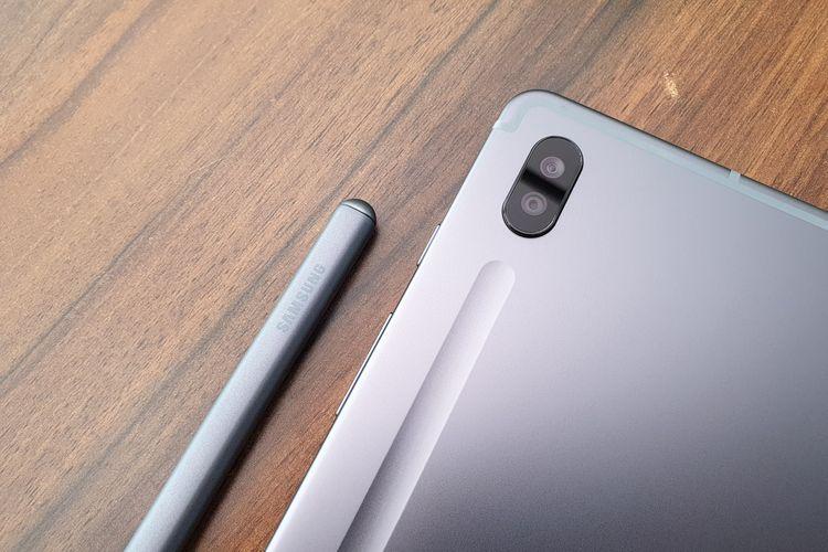 Galaxy Tab S6 dilengkapi dengan dua kamera belakang sebesar 13 megapiksel dan 5 megapiksel