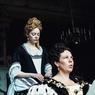 Sinopsis The Favourite, Emma Stone Jadi Pelayan Ratu Anne