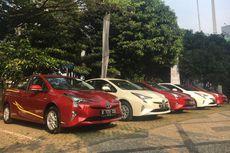 Toyota Serahkan Prius dan Altis buat Pemerintah