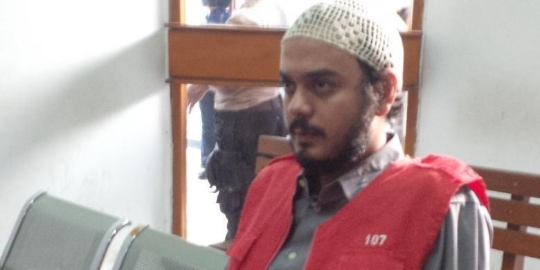 Artis Rio Reifan diabadikan di Pengadilan Negeri Jakarta Selatan, Senin (29/6/2015)
