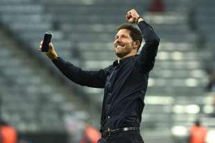 Pelatih Atletico Madrid, Diego Simeone, bersukacita di Allianz Arena usai membawa timnya lolos ke final Liga Champions, pada, 3 Mei 2016.