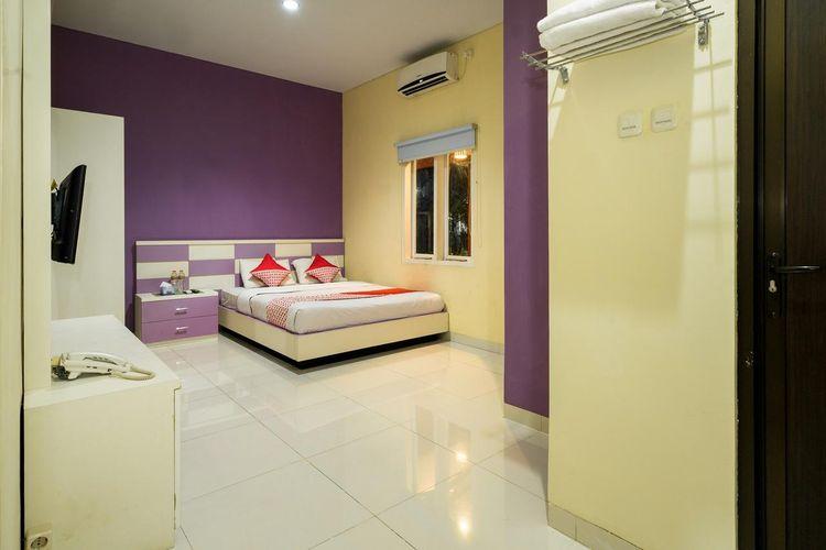 DeKayakini Hotel merupakan penginapan yang berlokasi di Gedebage, Bandung.