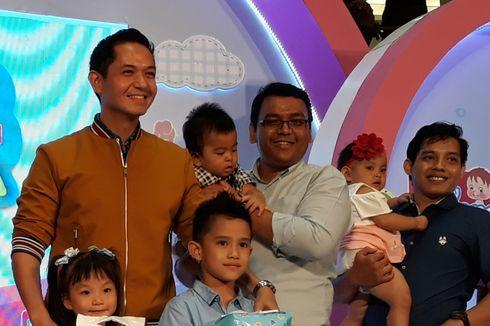 Dude Herlino Kampanye Gerakan Ayah Ganti Popok Bayi