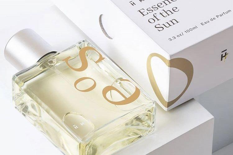 Parfum terbaru HMNS yang memiliki kehangatan aroma mentari.