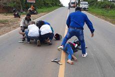 Cerita Warga Lihat 2 Perempuan Jatuh Usai Tabrak Monyet Menyeberang Jalan: Pengendara Itu Terkejut