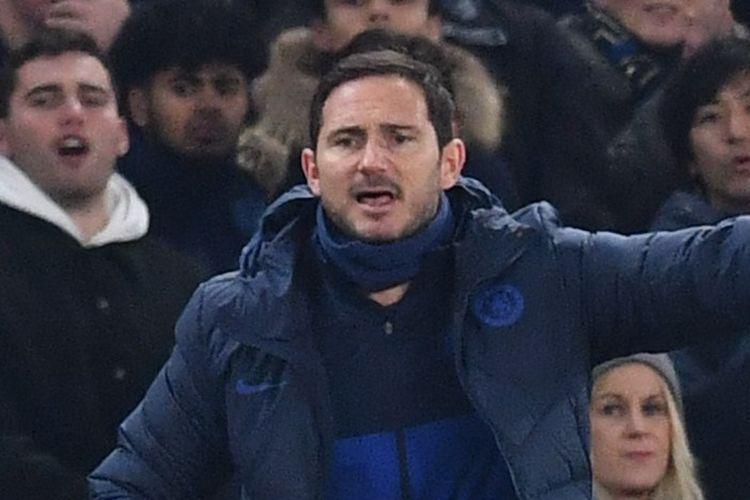 Ekspresi Frank Lampard pada laga Chelsea vs Arsenal di Stadion Stamford Bridge dalam lanjutan pekan ke-24 Liga Inggris, Selasa 21 Januari 2020.