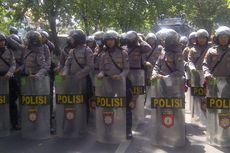 Polisi Bubarkan Massa Anti Virus Corona yang Berencana Demo ke Bandara