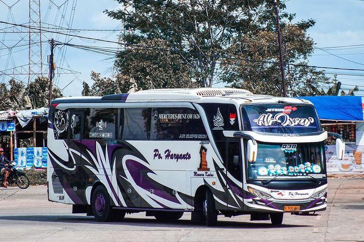 Bus AKAP PO Haryanto