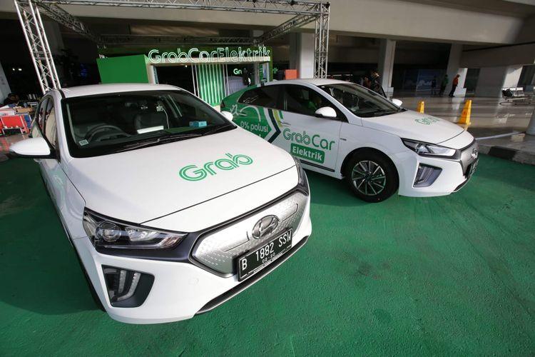 Hyundai menggandeng Grab untuk membangun ekosistem kendaraan listrik di Indonesia. Sebanyak 20 Hyundai IONIQ Electric akan beroperasi mulai awal 2020 di wilayah layanan Grab di Jabodetabek.