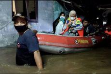 Kisah Evakuasi Bayi Saat Banjir di Cipete Selatan, Naik Perahu Melewati Gang Sempit