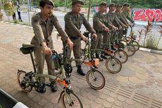 Fakta Satpol PP Foto dengan Sepeda Brompton Seharga Rp 90 Juta, Dipinjami Komunitas Saat Bertugas