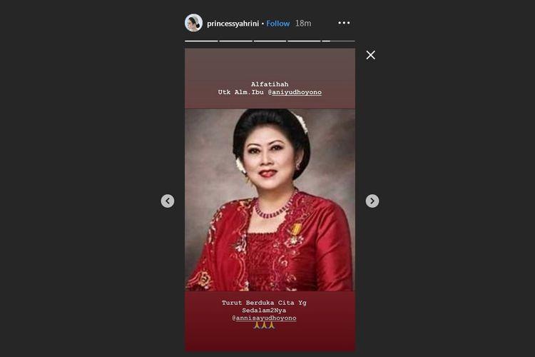 Bidik layar Instagram Story Syahrini yang didedikasikan sebagai penghormatan terakhir untuk mendiang mantan ibu negara, Ani Yudhoyono.