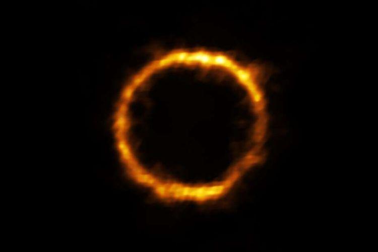 Ilmuwan menemukan galaksi mirip Bima Sakti, namanya SPT0418-47.