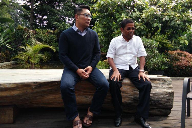 Wali Kota Bandung Ridwan Kamil saat bertemu dengan Sekjen Partai Golkar, Idrus Marham di Pendopo Kota Bandung, Jalan Dalemkaum, Sabtu (4/11/2017).